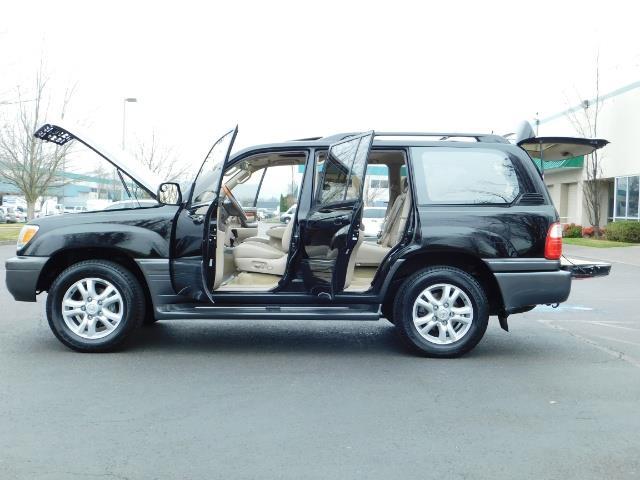 2003 Lexus LX 470 AWD / NAV / DVD / 3RD SEAT / NIGHT VISION - Photo 23 - Portland, OR 97217