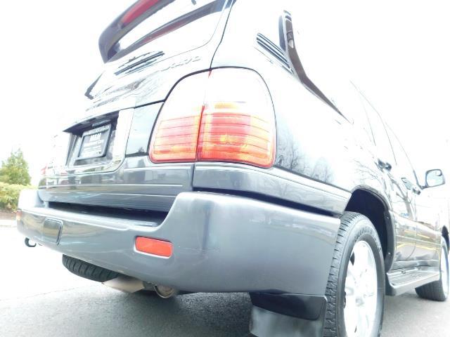 2003 Lexus LX 470 AWD / NAV / DVD / 3RD SEAT / NIGHT VISION - Photo 12 - Portland, OR 97217