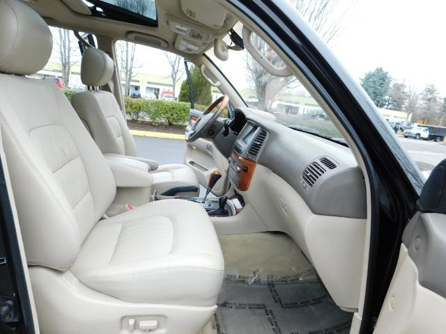 2003 Lexus LX 470 AWD / NAV / DVD / 3RD SEAT / NIGHT VISION - Photo 19 - Portland, OR 97217