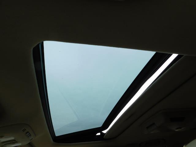 2003 Lexus LX 470 AWD / NAV / DVD / 3RD SEAT / NIGHT VISION - Photo 41 - Portland, OR 97217