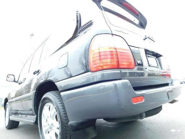 2003 Lexus LX 470 AWD / NAV / DVD / 3RD SEAT / NIGHT VISION - Photo 11 - Portland, OR 97217