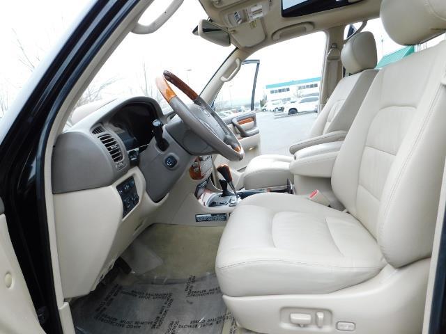 2003 Lexus LX 470 AWD / NAV / DVD / 3RD SEAT / NIGHT VISION - Photo 14 - Portland, OR 97217