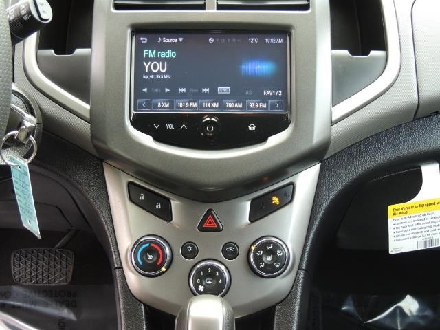 2016 Chevrolet Sonic LT Auto / 4-Door Hatch Back / 1-OWNER / 5000 MILES - Photo 21 - Portland, OR 97217