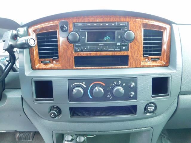 2006 Dodge Ram 3500 4X4 / BIG HORN 1-TON / 5.9 CUMMINS LONG BED 82Kmls - Photo 35 - Portland, OR 97217