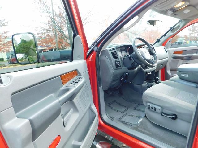 2006 Dodge Ram 3500 4X4 / BIG HORN 1-TON / 5.9 CUMMINS LONG BED 82Kmls - Photo 13 - Portland, OR 97217
