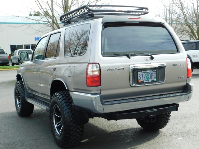 2002 Toyota 4Runner SR5 Sport Utility 4WD / 1-OWNER/ Low Miles/ LIFTED - Photo 7 - Portland, OR 97217