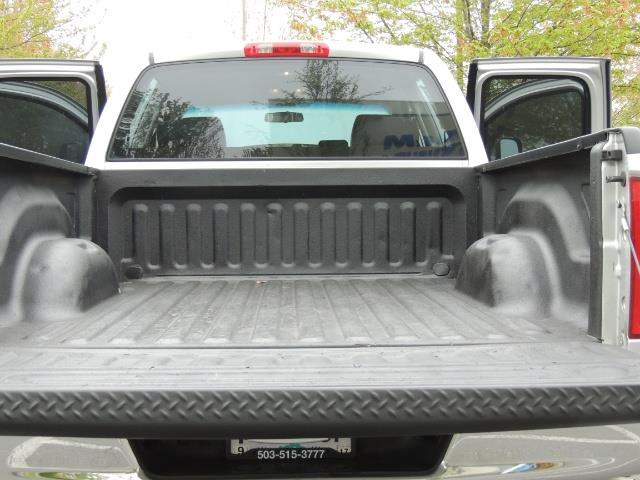 2006 Dodge Ram 2500 SLT / 4x4 / 5.9L Cummins Diesel / High Output - Photo 21 - Portland, OR 97217