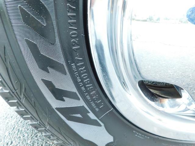 2005 Dodge Ram 3500 Laramie / 4X4 / 5.9L DIESEL / 105K Mi/ 6-Speed DRW - Photo 29 - Portland, OR 97217