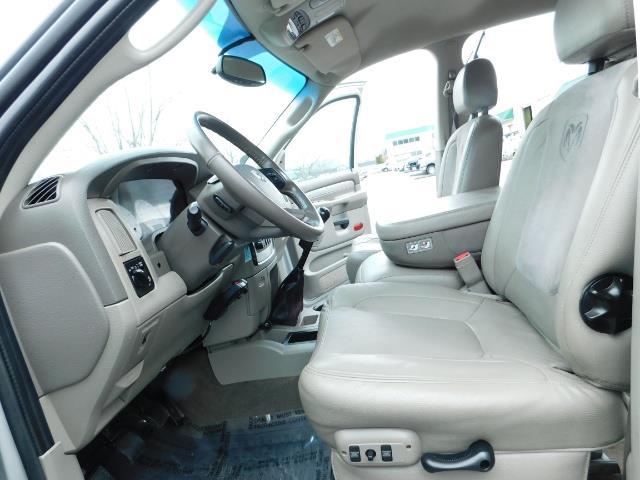 2005 Dodge Ram 3500 Laramie / 4X4 / 5.9L DIESEL / 105K Mi/ 6-Speed DRW - Photo 15 - Portland, OR 97217