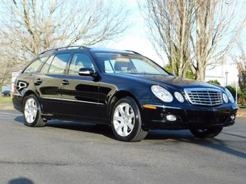 2007 Mercedes-Benz E350 4MATIC AWD Leather / Sunroof / Third Row Seat Wagon