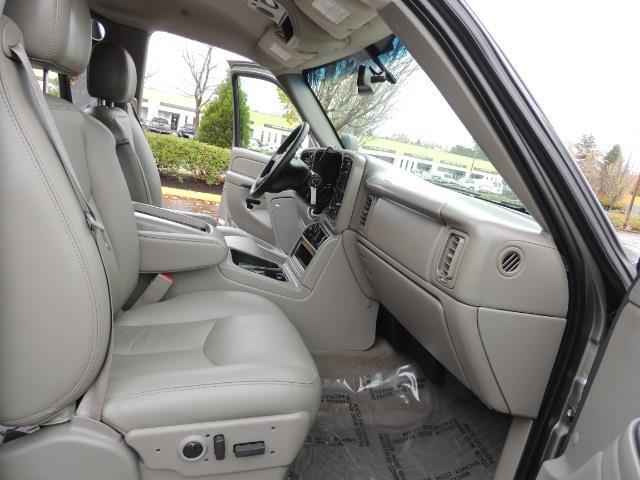 2007 GMC Sierra 2500 SLT 4X4 / 6.6 Duramax Diesel / LBZ Motor / Allison - Photo 22 - Portland, OR 97217