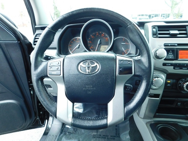 """2011 Toyota 4Runner V6 / 4X4 / LEATHER / CAMERA / 20 """" XD RIMS / LIFTED - Photo 37 - Portland, OR 97217"""