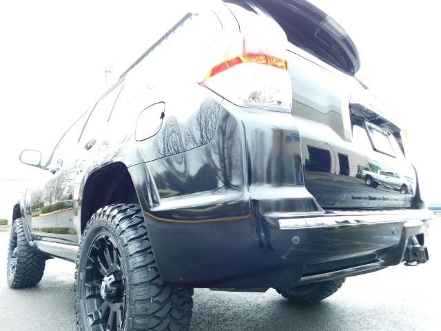 """2011 Toyota 4Runner V6 / 4X4 / LEATHER / CAMERA / 20 """" XD RIMS / LIFTED - Photo 10 - Portland, OR 97217"""