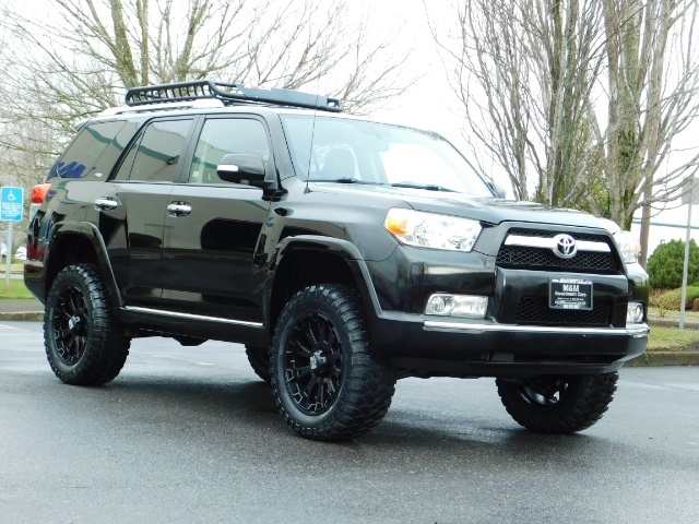 """2011 Toyota 4Runner V6 / 4X4 / LEATHER / CAMERA / 20 """" XD RIMS / LIFTED - Photo 2 - Portland, OR 97217"""