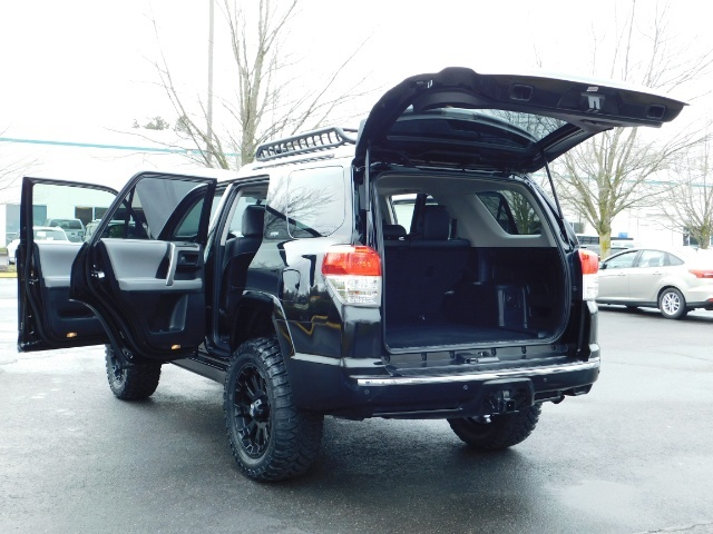 """2011 Toyota 4Runner V6 / 4X4 / LEATHER / CAMERA / 20 """" XD RIMS / LIFTED - Photo 25 - Portland, OR 97217"""
