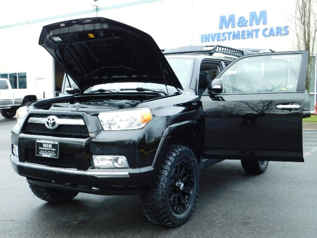 """2011 Toyota 4Runner V6 / 4X4 / LEATHER / CAMERA / 20 """" XD RIMS / LIFTED - Photo 31 - Portland, OR 97217"""