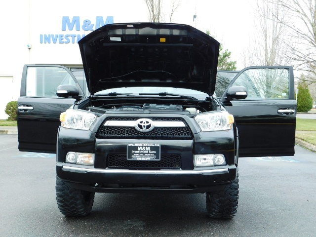 """2011 Toyota 4Runner V6 / 4X4 / LEATHER / CAMERA / 20 """" XD RIMS / LIFTED - Photo 29 - Portland, OR 97217"""