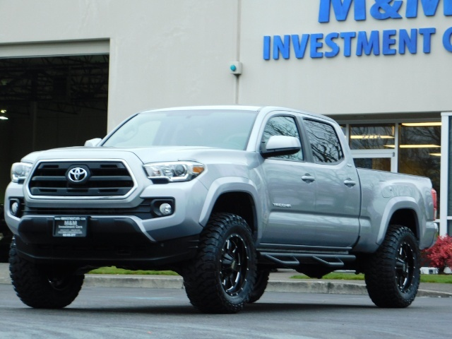 2016 Toyota Tacoma SR5 V6 / 4X4 / Backup camera / LONG BED / LIFTED - Photo 44 - Portland, OR 97217