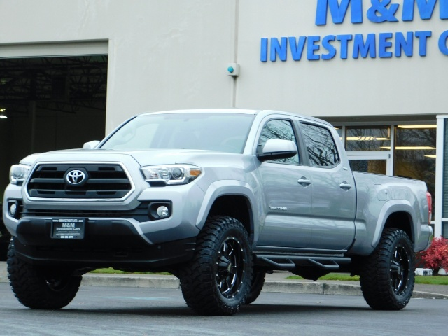 2016 Toyota Tacoma SR5 V6 / 4X4 / Backup camera / LONG BED / LIFTED - Photo 41 - Portland, OR 97217