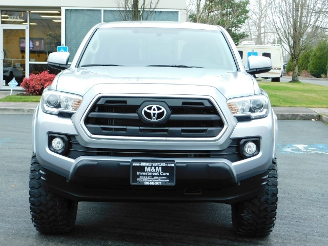 2016 Toyota Tacoma SR5 V6 / 4X4 / Backup camera / LONG BED / LIFTED - Photo 5 - Portland, OR 97217