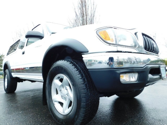 2004 Toyota Tacoma 4X4 Xtracab / Matching Canopy / 1-OWNER - Photo 12 - Portland, OR 97217