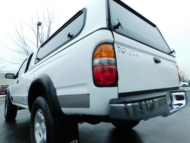 2004 Toyota Tacoma 4X4 Xtracab / Matching Canopy / 1-OWNER - Photo 10 - Portland, OR 97217