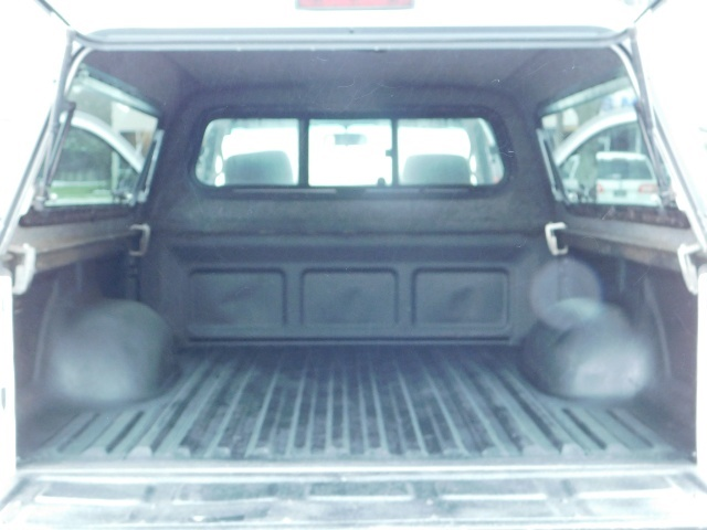 2004 Toyota Tacoma 4X4 Xtracab / Matching Canopy / 1-OWNER - Photo 27 - Portland, OR 97217