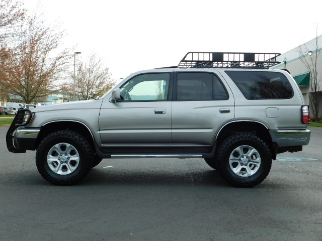 2002 Toyota 4Runner 4X4 / V6 3.4L / DIFF LOCK / 1-OWNER / LIFTED !! - Photo 3 - Portland, OR 97217