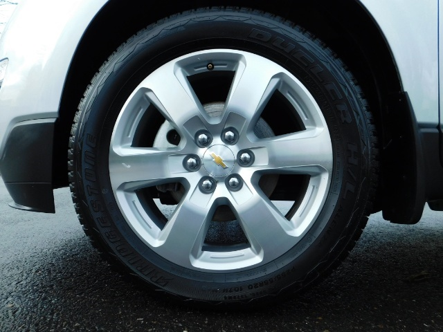 2017 Chevrolet Traverse Premier / Sport Utility / AWD / 3RD SEAT / Navi - Photo 43 - Portland, OR 97217