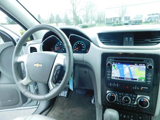 2017 Chevrolet Traverse Premier / Sport Utility / AWD / 3RD SEAT / Navi - Photo 18 - Portland, OR 97217