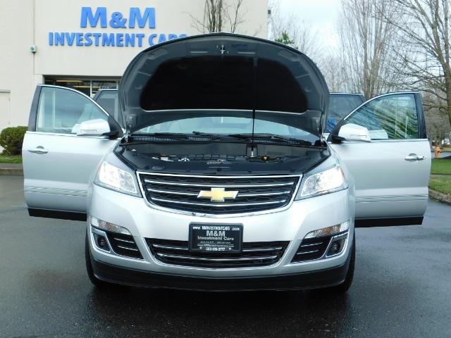 2017 Chevrolet Traverse Premier / Sport Utility / AWD / 3RD SEAT / Navi - Photo 32 - Portland, OR 97217