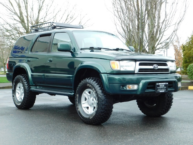 1999 Toyota 4Runner Limited 4X4 / Leather / Sunroof / LIFTED LIFTED - Photo 2 - Portland, OR 97217