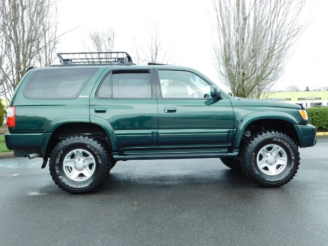 1999 Toyota 4Runner Limited 4X4 / Leather / Sunroof / LIFTED LIFTED - Photo 4 - Portland, OR 97217