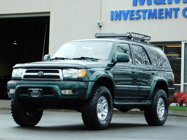 1999 Toyota 4Runner Limited 4X4 / Leather / Sunroof / LIFTED LIFTED - Photo 1 - Portland, OR 97217