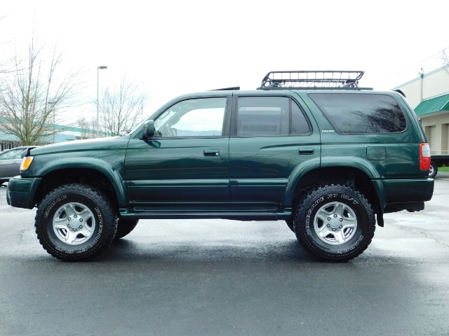 1999 Toyota 4Runner Limited 4X4 / Leather / Sunroof / LIFTED LIFTED - Photo 3 - Portland, OR 97217