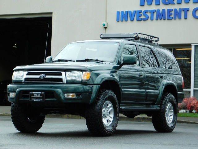 1999 Toyota 4Runner Limited 4X4 / Leather / Sunroof / LIFTED LIFTED - Photo 30 - Portland, OR 97217