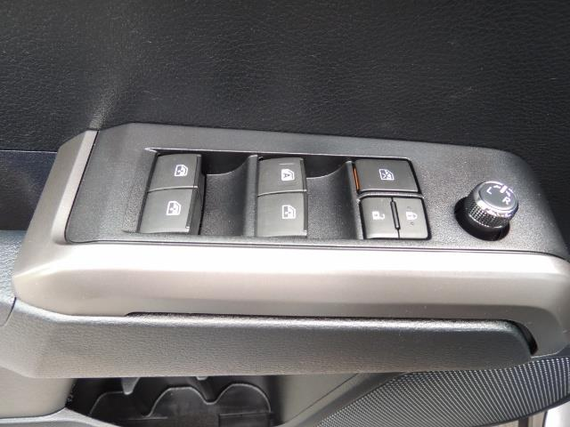 2017 Toyota Tacoma SR5 V6 / 4x4 / Double cab / Backup / LIFTED LIFTED - Photo 35 - Portland, OR 97217