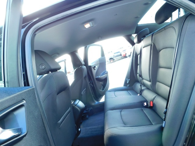 2017 Chevrolet Malibu LS / Sedan / Backup camera / 1-OWNER / LOW MILES - Photo 15 - Portland, OR 97217