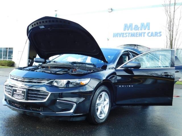 2017 Chevrolet Malibu LS / Sedan / Backup camera / 1-OWNER / LOW MILES - Photo 25 - Portland, OR 97217