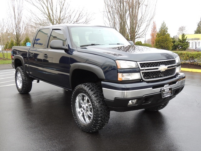 2007 chevrolet silverado 1500 classic lt crew cab 4x4 lifted lifted. Black Bedroom Furniture Sets. Home Design Ideas
