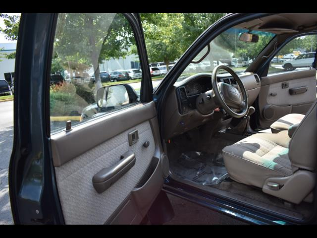 1997 Toyota Tacoma V6 2dr X-Cab 5 Speed Manual 4WD TimingBelt Done - Photo 52 - Portland, OR 97217