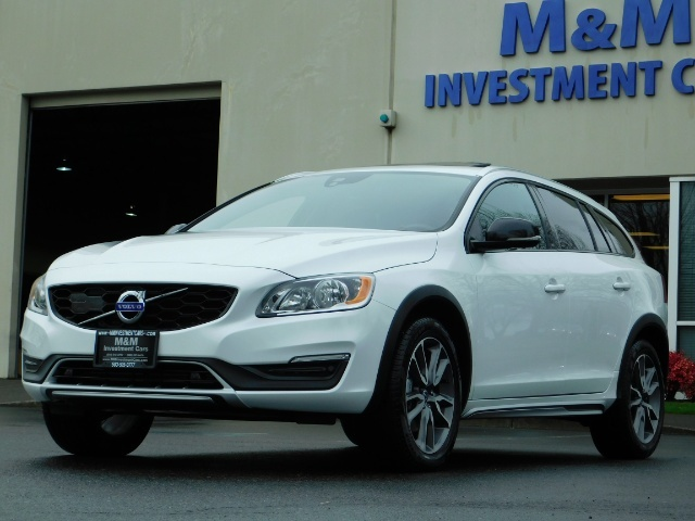 2017 Volvo V60 Cross Country T5 Premier / Cross Country / V60 / AWD / 1-OWNER - Photo 49 - Portland, OR 97217