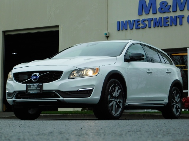 2017 Volvo V60 Cross Country T5 Premier / Cross Country / V60 / AWD / 1-OWNER - Photo 52 - Portland, OR 97217