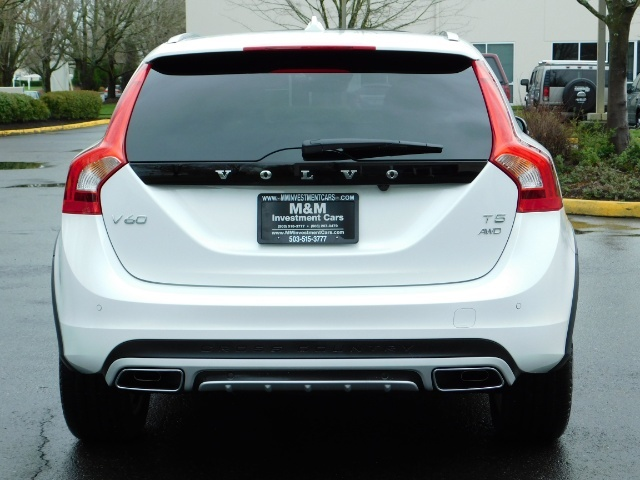 2017 Volvo V60 Cross Country T5 Premier / Cross Country / V60 / AWD / 1-OWNER - Photo 6 - Portland, OR 97217