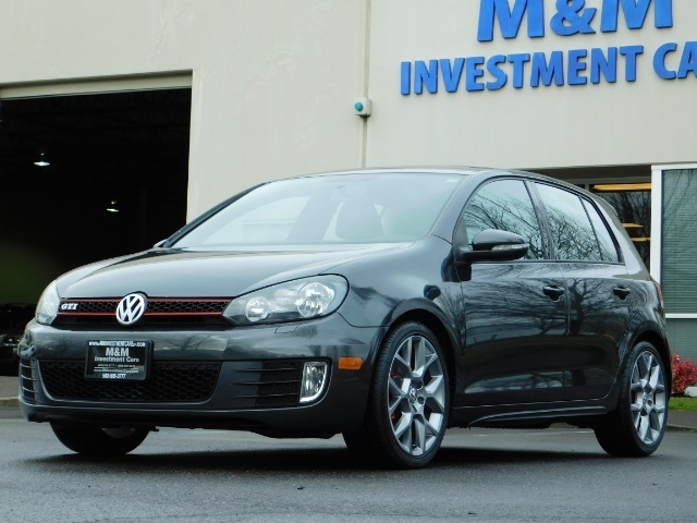 2014 Volkswagen GTI Wolfsburg Edition PZEV / 6-SPEED/ 1-OWNER - Photo 1 - Portland, OR 97217