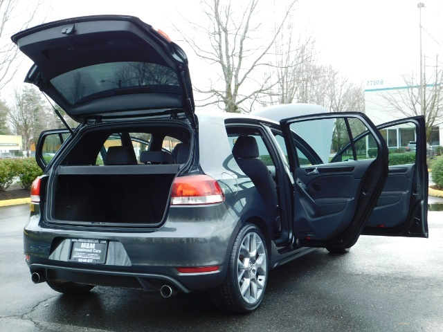 2014 Volkswagen GTI Wolfsburg Edition PZEV / 6-SPEED/ 1-OWNER - Photo 29 - Portland, OR 97217