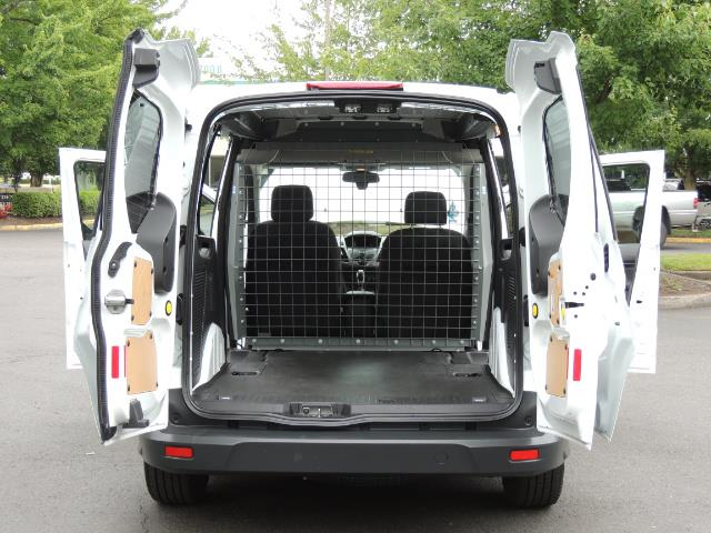 2016 Ford Transit Connect Cargo XLT / 4-Door / 1-Owner / Excel Cond - Photo 10 - Portland, OR 97217