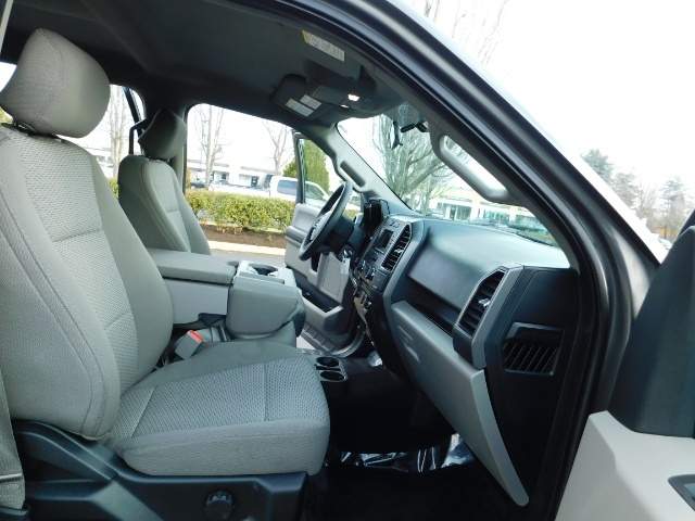 2017 Ford F-150 XLT / 5.0L 8Cyl / 4X4 / Full Warranty / Excel Cond - Photo 17 - Portland, OR 97217