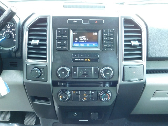 2017 Ford F-150 XLT / 5.0L 8Cyl / 4X4 / Full Warranty / Excel Cond - Photo 20 - Portland, OR 97217