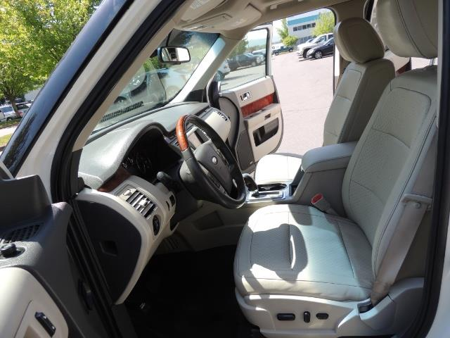 2010 Ford Flex Limited / AWD / Third Seat / Navigation / Leather - Photo 14 - Portland, OR 97217
